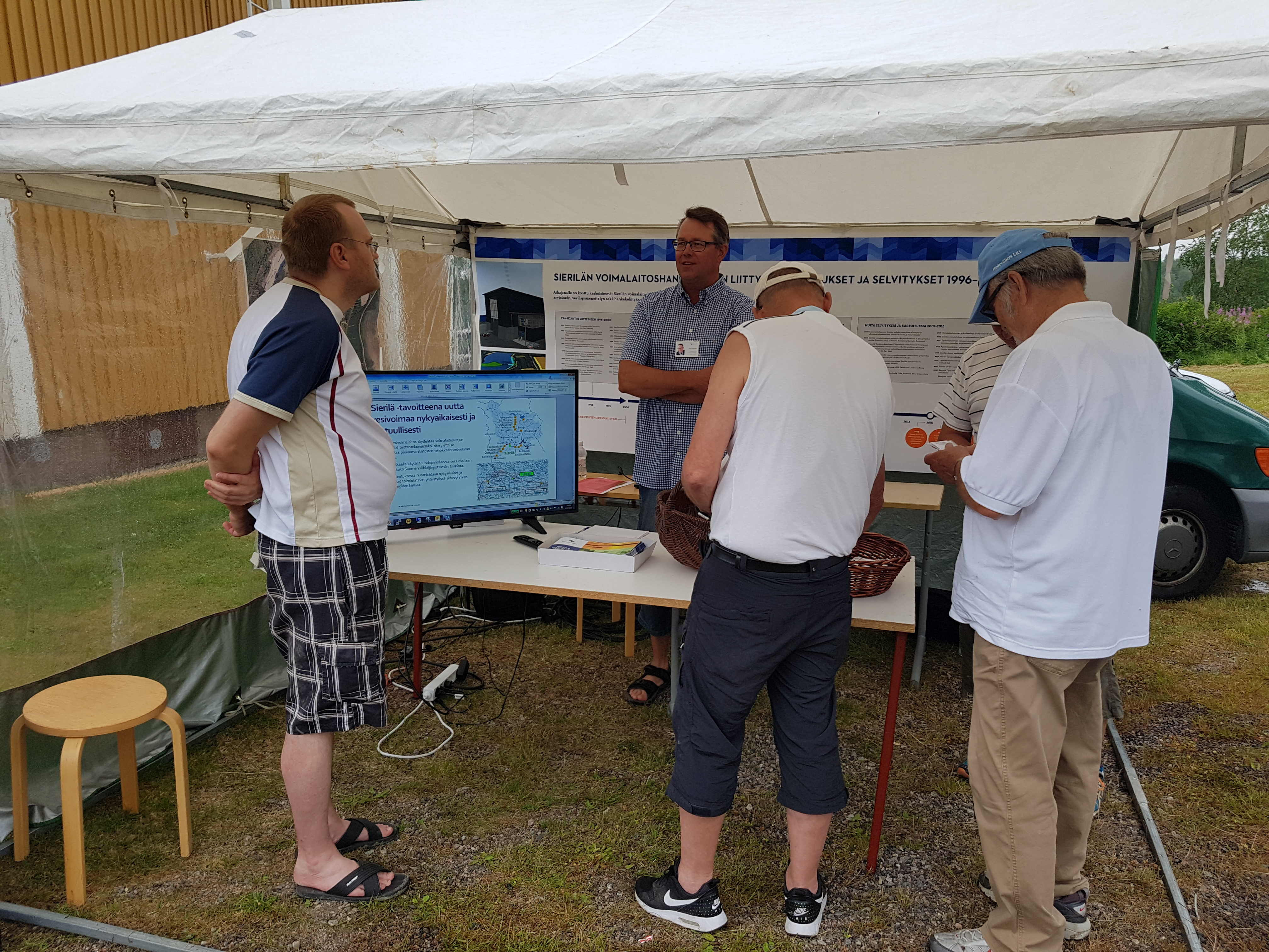 Oikaraisen kyläyhdistys järjesti perinteisen Marjetantori-tapahtuman  lauantaina 21. heinäkuuta. Osallistuimme tapahtumaan omalla puheenvuorolla  ja Kemijoki ... e1c7a1d69a